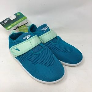 New Speedo Girls Water Shoes 11/12